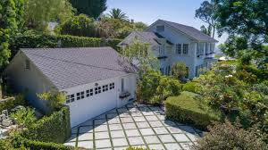 mayweather house cindy crawford adds a stylish beverly hills flip to her home