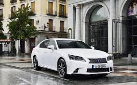 white lexus gs f sport wallpaper lexus 2014 gs 300h f sport white street cars 2560x1600