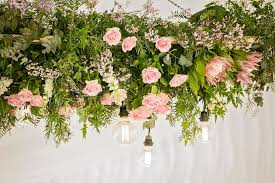 hanging flowers wedding trend suspended and hanging flowers
