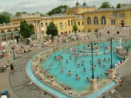 bagno termale e piscina széchenyi széchenyi baths and pool budapest 2018 ce qu il faut savoir