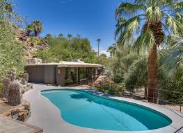 zsa zsa gabor palm springs house zsa zsa gabor s palm springs house tour people com
