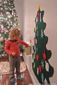 diy felt tree great for toddlers to decorate and