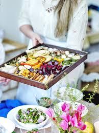 cuisiner du bar au four légumes au four pour 6 personnes recettes à table