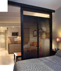 partitions plan alternative featuring black wooden sash frames and