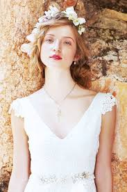 wedding dress necklace what jewelry to wear with strapless lace wedding dress style