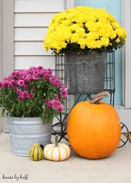 Halloween And Fall Decorations - decorating a small front stoop for fall house by hoff