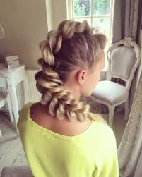 most trendy classic prom hairstyles of long hairs sweethearts
