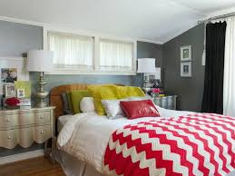 small bedroom decorating ideas wonderful small bedroom decorating ideas on a budget home decor