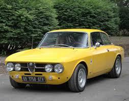 classic alfa romeo sedan alfa romeo vintage cars 1969 alfa romeo 1750 gtv classic cars