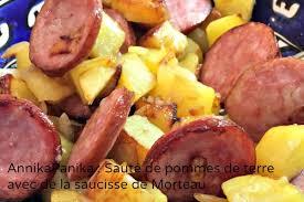 comment cuisiner la saucisse de morteau pommes de terres à la saucisse de morteau annikapanika