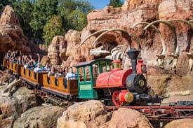 disneyland and california adventure in one day itinerary