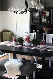 decorating dining room 37 stunning christmas dining room décor ideas digsdigs