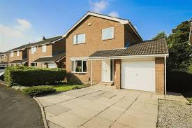 4 bedroom detached house for sale in healdwood drive burnley