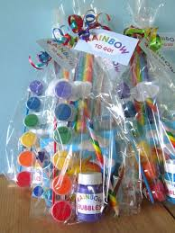 goody bag ideas a look at the amazing ideas on this site i a goodie bag