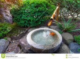 pierre pour jardin zen cascade fontaine jardin pour les moments relaxe terrasse zen