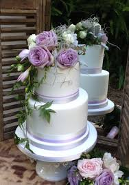 bespoke wedding cakes sunshine coast u0026 brisbane coast wedding