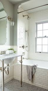 Gray And White Bathroom Ideas by Best 25 Subway Tile Bathrooms Ideas Only On Pinterest Tiled