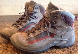 womens size 9 tex boots lowa tyro gtx mid s hiking trail tex boots size 9