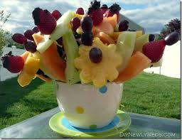 make your own edible fruit arrangements diy newlyweds diy home decorating ideas projects diy edible