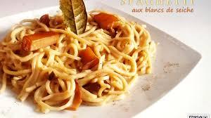 cuisiner les blancs de seiche spaghetti aux blancs de seiche recette par les délices de naïma