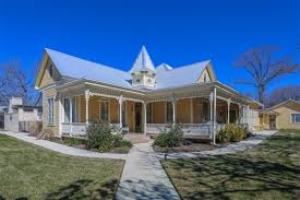 Comfort Tx Bed And Breakfast Victorian Mansion In Fredericksburg Texas In Fredericksburg