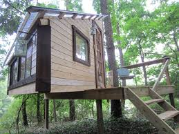 great diy kids treehouse with shed roof and walnut wall design in