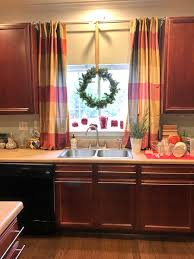 Window Blinds Curtains by Makeovermonday Transforming The Kitchen Sink Window To Christmas
