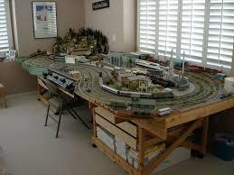 trains for train table ho train table plans bing images model trains pinterest