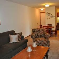 one bedroom apartments chaign il town country apartments 12 reviews apartments 1032 east kerr