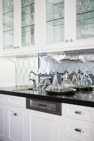 Wet Bar Mirror Backsplash Design Ideas - Mirrored backsplash