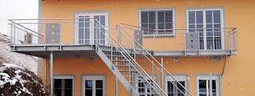 balkon metall balkon mit treppe einfamilienhaus r m metallbau gmbh co kg
