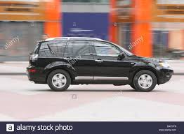 black mitsubishi outlander mitsubishi outlander 2 0 di d instyle model year 2007 black