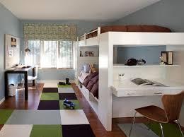 hochbetten für jugendzimmer jugendzimmer gestalten junge braun grün weiß hochbetten s