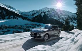 white maserati wallpaper 2016 maserati levante wallpaper hd car wallpapers