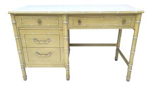Thomasville Dining Room Furniture Gently Used Thomasville Furniture Up To 40 Off At Chairish