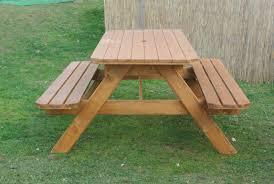 armadi in legno per esterni tavoli in legno per giardino con panche tavolo da giardino in