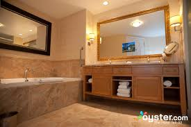 Hotel Bathroom Mirrors by Best Hotel Bathrooms In Las Vegas Trump International Hotel