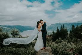 portland wedding photographers meng max bridal veil lakes oregon portland wedding