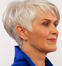 stylish middleaged womens hair styles short hairstyles for middle aged women the most stylish as well as