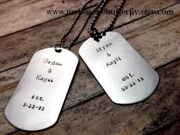 customized dog tag necklace handsted necklace personalized dog tag set couples necklace
