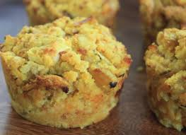 cornbread muffins with chicken sausage and apples