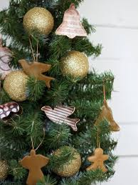 how to make cookie cutter ornaments hgtv