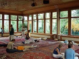imagenes estudios yoga madrid yoga estudio valdecabras cuerpo y alma puente de mayo 1 2