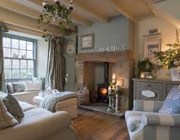 cottage livingrooms charming cottage living room http hubz info 99 workout plan to