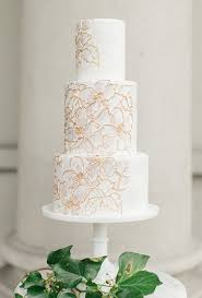 lace wedding cakes brides