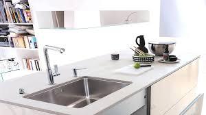 comment d饕oucher une canalisation de cuisine deboucher evier cuisine nettoyer intacrieur raccord du siphon