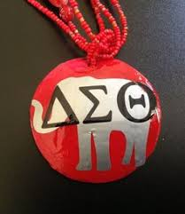 circle with number 2 deuce inspired by delta sigma theta dst that
