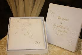 engraved wedding album personalized wedding album and a folder for the marriage