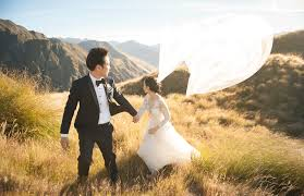 wedding photographers meet vancouver s top wedding photographers vancouver magazine