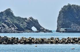 azure window colapse sea arches of japan nabs blog